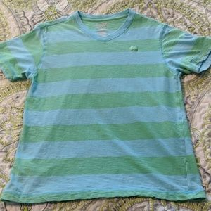 Save 🤑 20% Old Navy striped t-shirt
